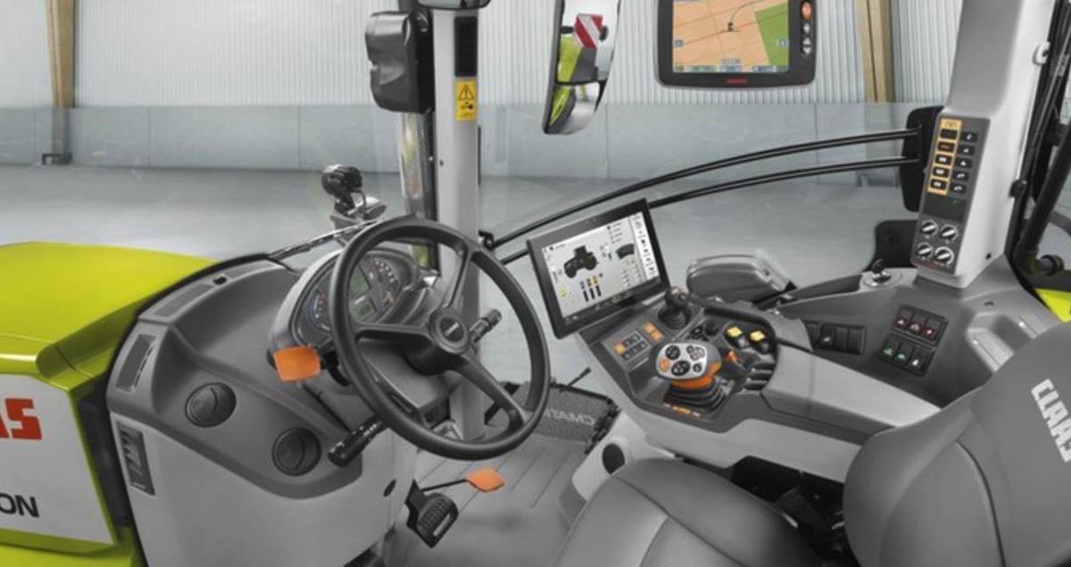 Interior de tractor Claas